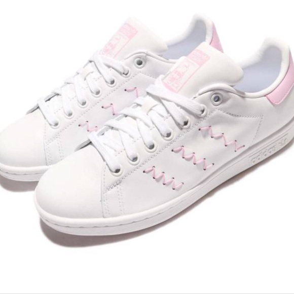 detailed look be475 73ed0 BRAND NEW Pink Adidas Stan Smith's NWT